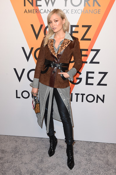 More Pics of Pom Klementieff Printed Purse (1 of 3) - Evening Bags Lookbook - StyleBistro [clothing,fashion,carpet,hairstyle,outerwear,footwear,fashion design,premiere,shoulder,joint,vogez,volez,pom klementieeff,new york city,voyagez - louis vuitton exhibition opening]