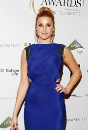 Whitney Port paired a sparkling pair of earring with her brilliant blue dress a the WGSN Global Fashion Awards.