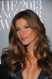 Gisele Bundchen looked like a walking shampoo ad with her luxurious waves at the Innovator of the Year Awards.