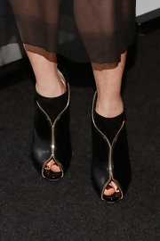 Julianne Moore's Christian Louboutin zipper booties gave her look a little extra va va voom.