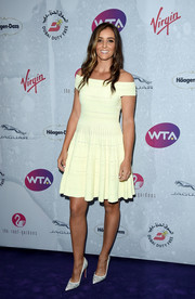 Laura Robson kept it sweet in a pale-yellow off-the-shoulder dress at the WTA pre-Wimbledon party.