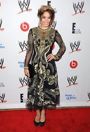 Vanessa went Gothic glam at WWE's Superstars for Hope event.