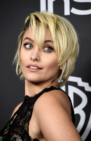 Paris Jackson looked oh-so-cool with her layered razor cut at the Warner Bros. and InStyle Golden Globes post-party.