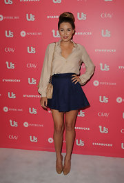 Lauren donned a high-waisted blue lace mini skirt for the US Hot Hollywood party.