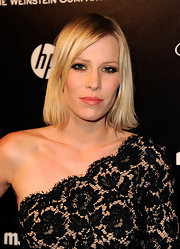 Natasha Bedingfield rocked a smoky-eyed look at the Weinstein Company's 2012 Golden Globe Awards after party.