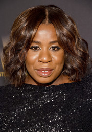 Uzo Aduba looked chic wearing this wavy, center-parted bob at the Weinstein Company and Netflix Golden Globe party.