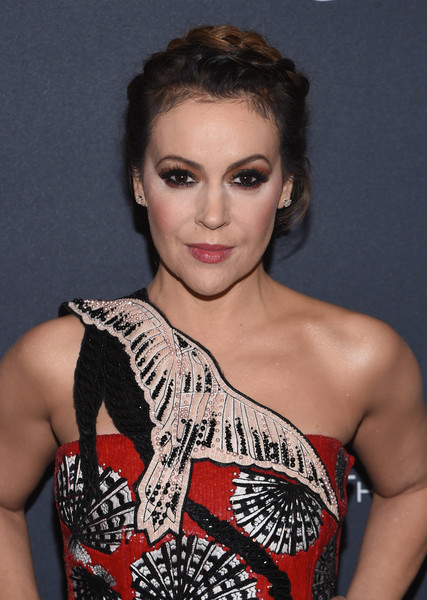 Alyssa Milano went for boho elegance with this crown braid at the Weinstein Company pre-Oscar dinner.