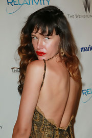 Paz de la Huerta gave us her best pout at a Golden Globe Awards party. Her crimson lips were just the perfect way to give her look some pop.