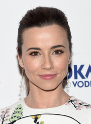 Linda Cardellini pulled her hair back into a simple ponytail for the New York premiere of 'Welcome to Me.'