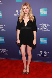 Vienna Stampeen's slouchy LBD at the Tribeca Film Festival premiere had a very slight fishtail hem.