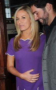 Tamsin Outhwaite swept on a couple coats of dark greenish gray nail lacquer for the premiere if 'Wild Bill.'