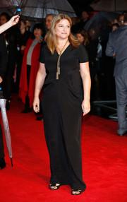 Bruna Papandrea opted for a simple short-sleeve black gown when she attended the 'Wild' London premiere.
