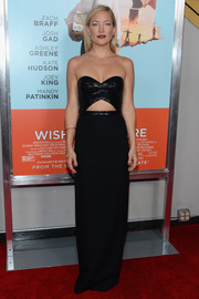 Kate Hudson was seductive-glam at the 'Wish I Was Here' screening in a strapless black Michael Kors gown with a sparkly bodice and a midriff cutout.