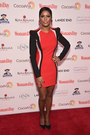 Tamron Hall was sporty-glam in a pointy-shouldered tricolor mini  at the Woman's Day Red Dress Awards.