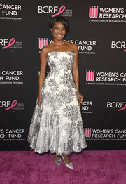 Gabrielle Union went for classic glamour in a strapless white Maticevski dress with silver embroidery at the Unforgettable Evening gala.