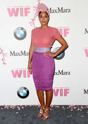 Tracee Ellis Ross' ruched purple pencil skirt and pink knit top made a gorgeous color combo!