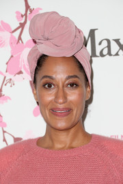 Tracee Ellis Ross jazzed up her look with a pink turban when she attended the 2017 Crystal + Lucy Awards.