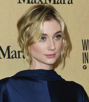 Elizabeth Debicki looked sweet with her short waves at the 2019 Women in Film Gala.