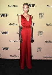 Jaime King channeled Old Hollywood in a red wrap gown by Max Mara at the 2019 Women in Film Gala.
