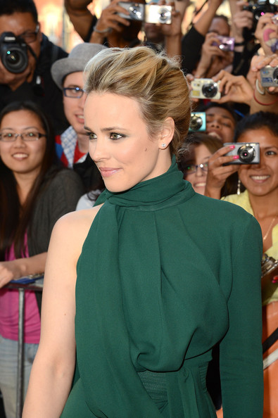 More Pics of Rachel McAdams Smoky Eyes (9 of 27) - Rachel McAdams Lookbook - StyleBistro