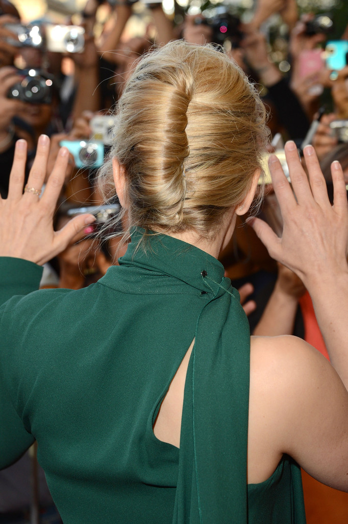 More Pics Of Rachel Mcadams French Twist 24 Of 27 Updos Lookbook