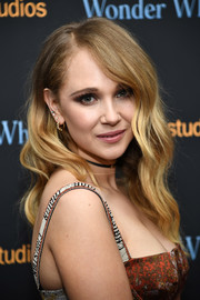 Juno Temple traded in her signature tight curls for these gentle waves when she attended the New York screening of 'Wonder Wheel.'