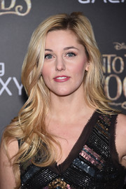 Taylor Louderman wore her hair down in a stream of waves during the premiere of 'Into the Woods.'