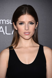 Anna Kendrick kept it low-key with this straight center-parted 'do at the premiere of 'Into the Woods.'