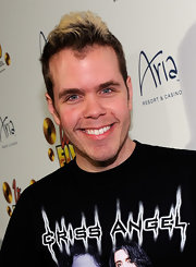 Perez Hilton jumped on the ombre hair bandwagon during the premiere of Cirque du Soleil's 'Viva Elvis.'