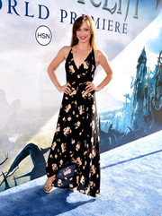 Karina Smirnoff chose a summer-chic floral frock for the premiere of 'Maleficent.'