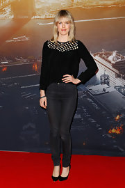 Alyssa McClelland was casual yet chic in a mesh-panel black blouse and skinny jeans at the 'World War Z' Australian premiere.
