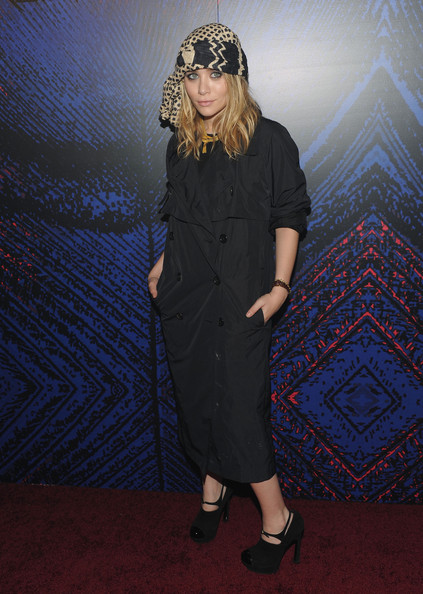 More Pics of Ashley Olsen Cutout Boots (1 of 10) - Ashley Olsen Lookbook - StyleBistro