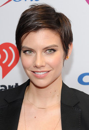 Lauren Cohan looked edgy-chic with her short side-parted 'do at Z100's Jingle Ball 2015.