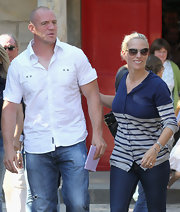 Zara Phillips wore a blue and gray striped cardigan and jeans to the Royal Wedding rehearsal.