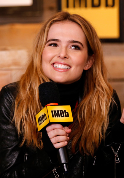 Zoey Deutch Layered Cut [hair,blond,yellow,smile,long hair,brown hair,layered hair,zoey deutch of rebel,park city,rye,filmmaker discovery lounge,utah,imdb studio,amazon video direct: day four,the imdb studio,sundance film festival featuring the filmmaker discovery lounge]