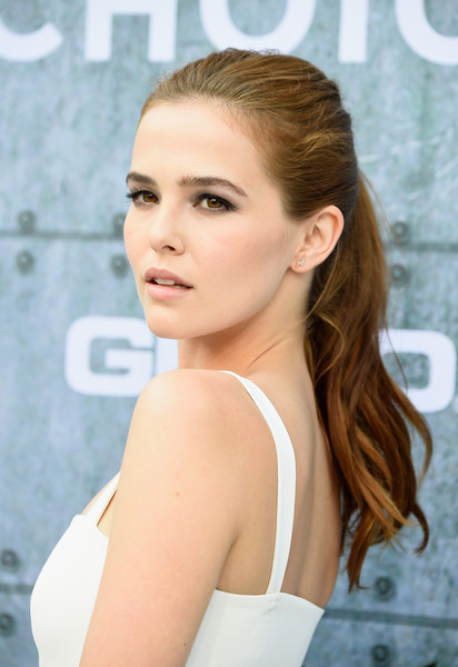 Zoey Deutch Ponytail
