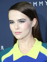 Zoey Deutch accentuated her eyes with lots of smoky blue shadow.