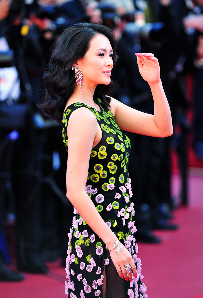 Ziyi Zhang wore a soft pink polish to go with her