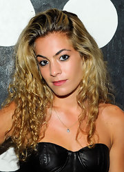 Chelsea Leyland showed off her spiral curls while hitting a coveted launch party in New York.