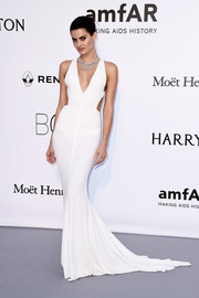 Isabeli Fontana was white-hot in a curve-hugging cutout gown by Alexandre Vauthier at the amfAR Cinema Against AIDS Gala.