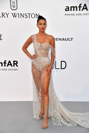 Bella Hadid hit the amfAR Gala Cannes 2017 wearing a barely-there gown by Ralph & Russo Couture.