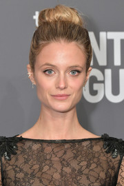 Kate Bock went for a classic bun at the 2019 amfAR New York Gala.