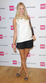Donna Air looked easy-breezy in a pair of navy shorts and a cute blouse during the Very.co.uk launch party.