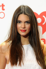 Kendall Jenner looked downright gorgeous with her long straight 'do at the iHeartRadio Music Festival.