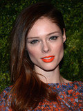Which celeb looks best with bright lipstick?
