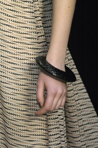 Amanda Wakeley Fall 2006 - Details