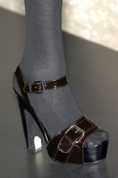 Anna Molinari at Milan Fall 2007 (Details)