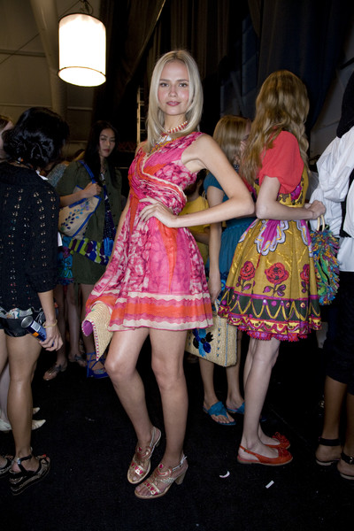 Anna Sui Spring 2009 - Backstage
