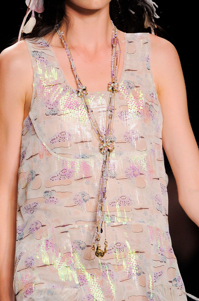 Anna Sui Spring 2014 - Details