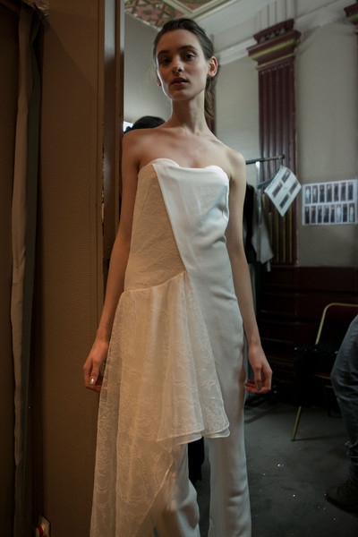 Anne Valérie Hash Fall 2013 - Backstage